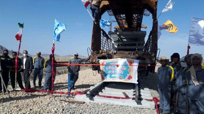 ایران بندر چابهار را با خط آهن به افغانستان وصل میکند