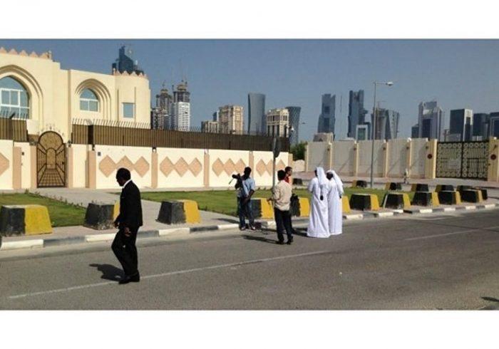 مذاکرات غیر رسمی چهره سیاسی افغانستان در قطر بدون حضور دولت این کشور