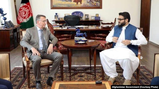 حمدالله محب در دیدار با سفیر جرمنی روی آغاز مذاکرات صلح بحث کرد