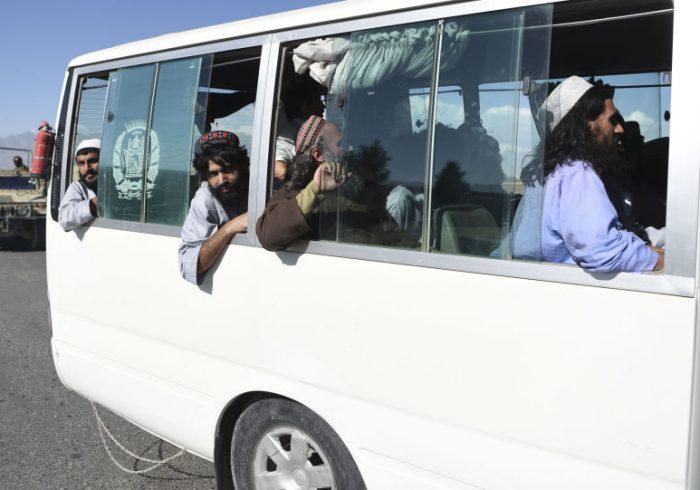 حل اختلافها دربارۀ رهایی ۵۹۲ زندانی طالب