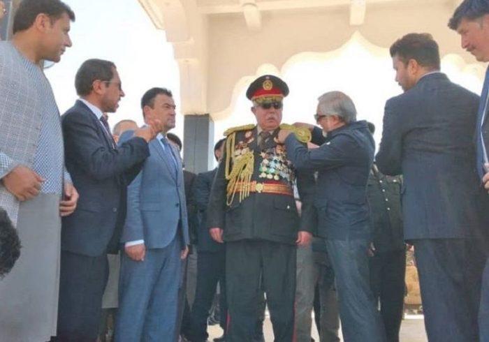عبدالرشید دوستم رسماً سومین مارشال افغانستان شد