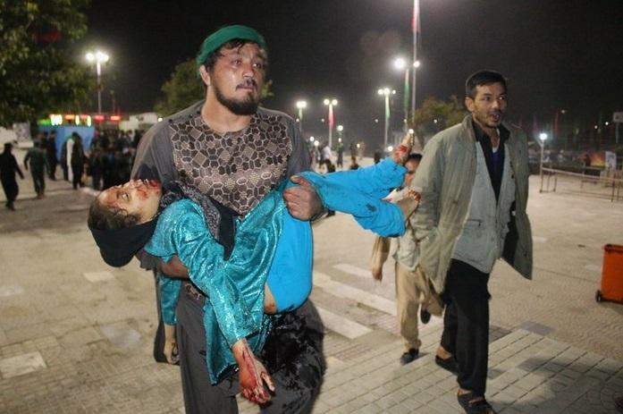 بیش از ۷ هزار کودک در ده سال اخیر جنگ افغانستان کشته شدهاند