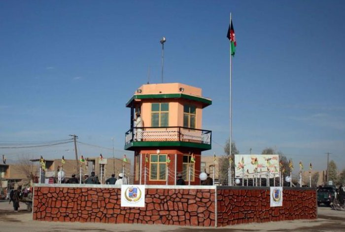 حملهی طالبان بر پاسگاههای امنیتی در ترینکوت ارزگان