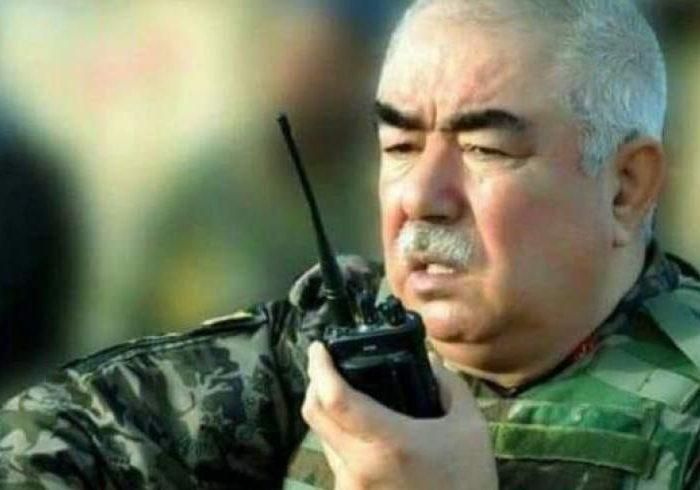 """رییس جمهور فرمان اعطای رتبۀ مارشالی به """"عبدالرشید دوستم"""" را امضا کرد"""