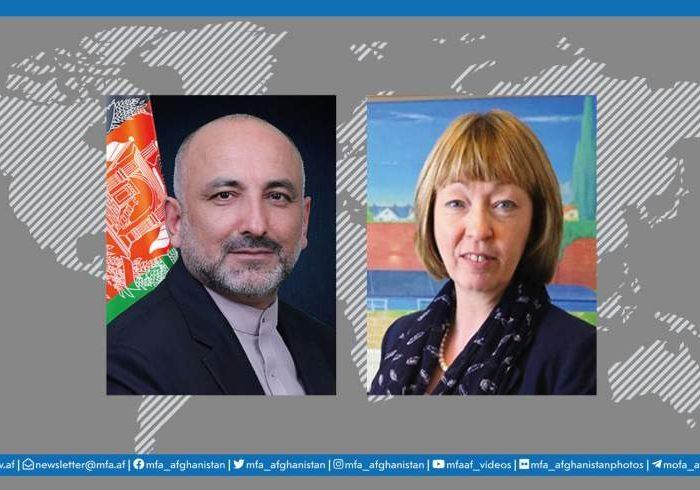 گفتگوی تلفنی اتمر با سفیر انگلستان پیرامون صلح افغانستان