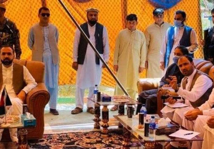 مقامهای افغانستان و پاکستان روی تسهیل تجارت در بنادر گفتگو کردند