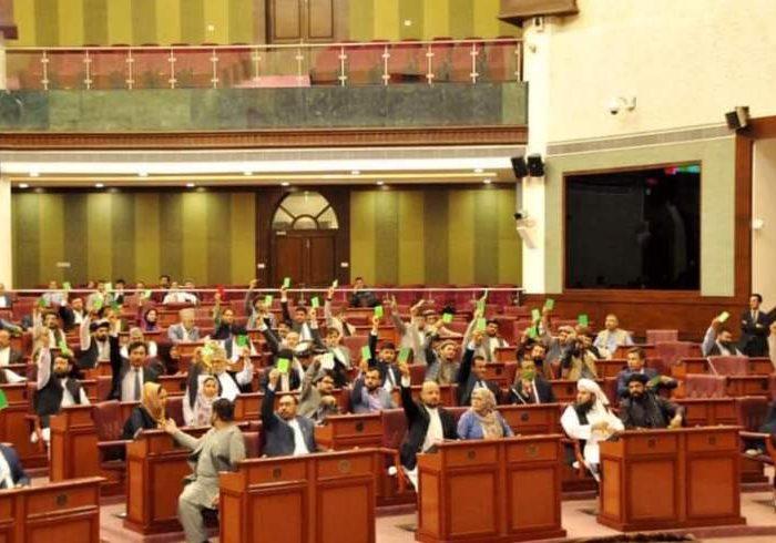 فرمان تقنینی در مورد قانون شهرداریها از سوی مجلس رد شد