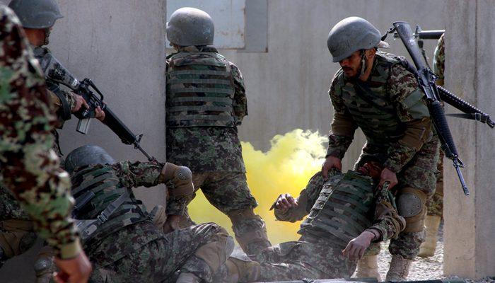 کشتهشدن ۴ نیروی دولتی و ۱۰ جنگجوی طالبان در ننگرهار
