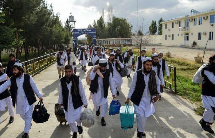 آمریکا پیشنهاد حبس خانگی صدها زندانی خطرناک طالبان پس از رهایی را داده است
