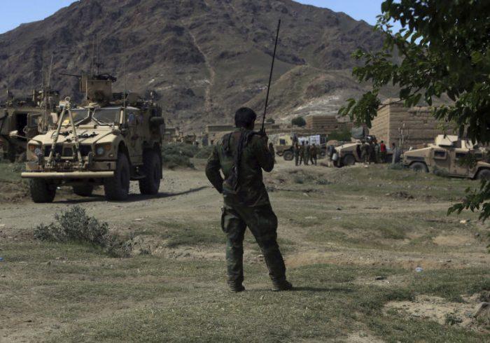 کشته شدن چهار نیروی دولتی در حملهی طالبان در ننگرهار