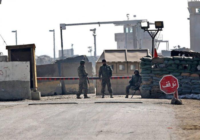 رسانه ها؛ حملات راکتی طالبان به پایگاه نظامیان امریکایی در هلمند