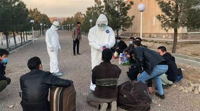 کاهش آمار کرونا در هرات و ادامه بازگشت هزاران مهاجر افغان از ایران