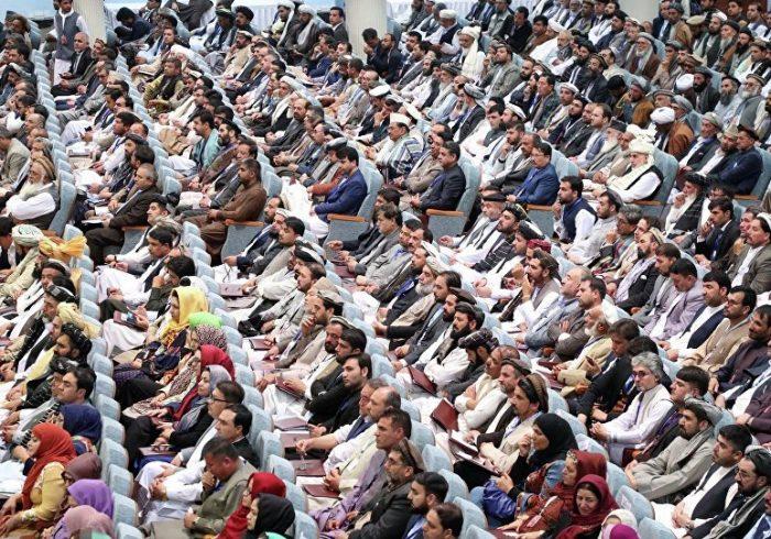 سعیدی: برگزاری لویه جرگه تمام قوانین حقوقی را زیر پا کرد