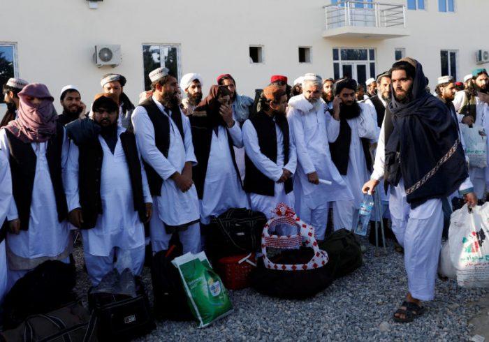 واشنگتن پست: سه متهم به قتل نیروهای امریکایی مشمول ۳۰۰ زندانی خطرناک طالبان هستند