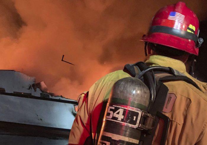 آتشسوزی در کالیفرنیا؛ ۸ هزار نفر مجبور به تخلیه شدند