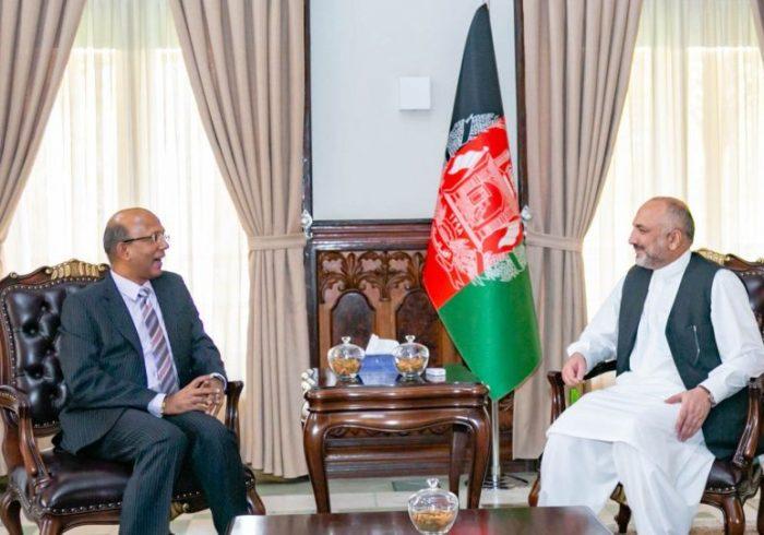 گفتگوها درباره صلح؛ دیدار اتمر با سفیر هند در کابل