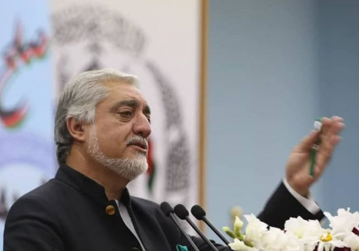 عبدالله: روند رهایی زندانیان طالبان باید تکمیل شود