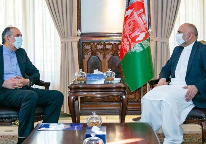 روند صلح افغانستان؛ سفیر ایران با اتمر دیدار کرد