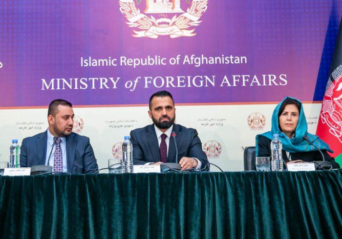 آغاز برنامه توزیع تذکره و پاسپورت الکترونیکی برای مهاجران افغان در ایران