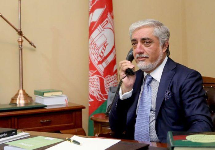 گفت و گوی تلفنی عمران خان و عبدالله درباره صلح افغانستان