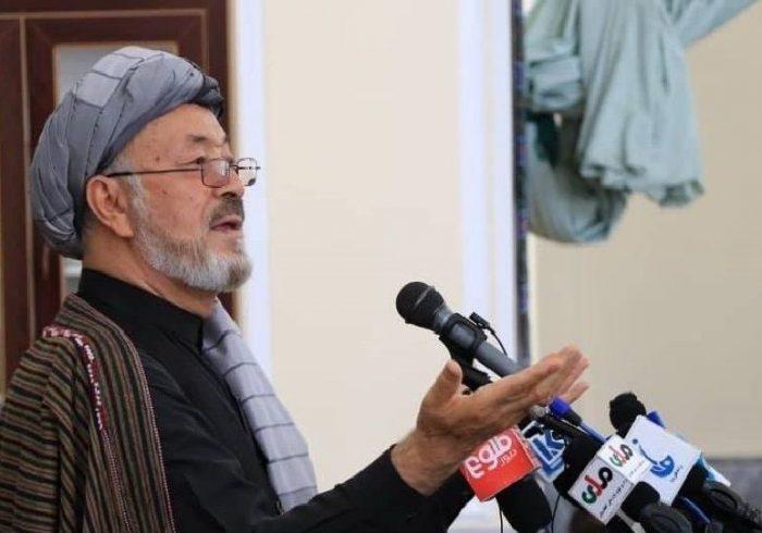خلیلی: طالبان چند سال پیش در هلمند آماده مذاکره بودند، اما رئیس جمهور آمادگی نشان نداد