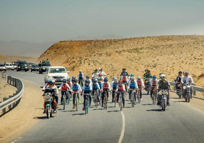 تصاویر بایسکلرانی دختران در بامیان برای انتخاب تیم ملی