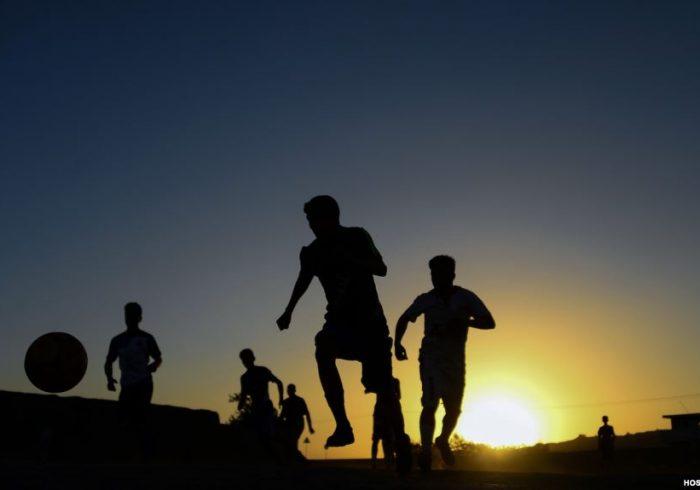بازیهای لیگ برتر فوتبال میدان وردک به صورت گروهی  برگزار شده است