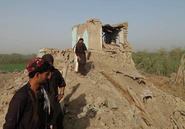 حمله گسترده طالبان به شهر کندز؛ یک فرمانده و چهار سرباز پولیس جان باختند