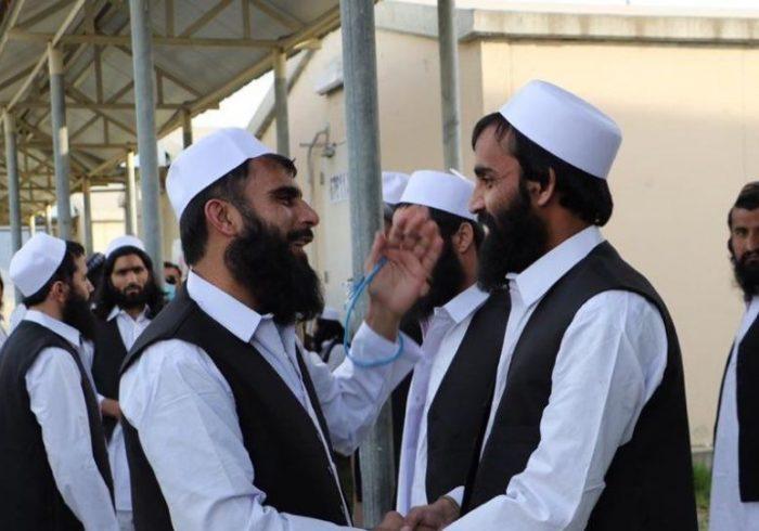 تمامی ۴۰۰ زندانی طالبان به استثنی ۷ تن آنان رها شدند