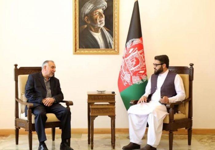 محور دیدار محب با نماینده ویژه ایران برای افغانستان: تقویت نظام جهموری و پایان بحران افغانستان