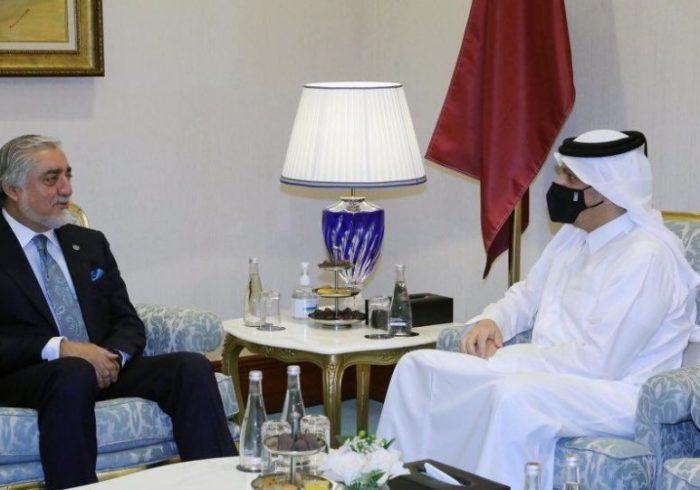 عبدالله به وزیر خارجه قطر: امیدواریم طالبان از این فرصت تاریخی برای پایان جنگ استفاده کنند