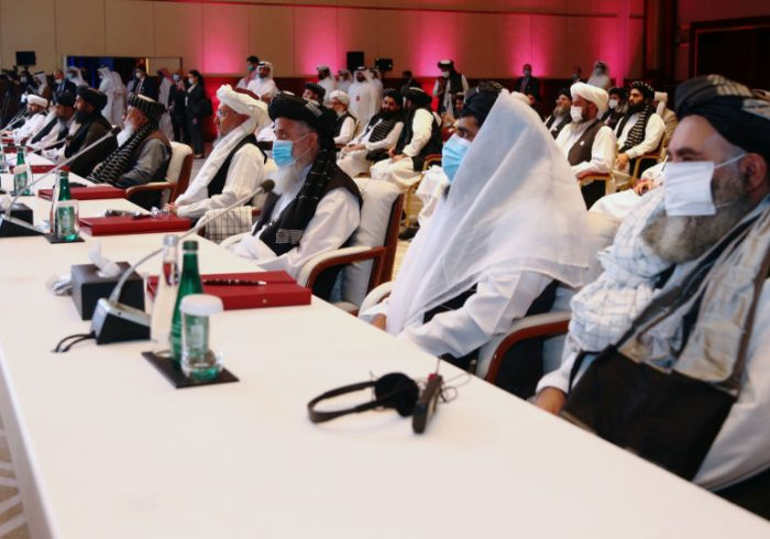 نخستین نشست رسمی دولت و طالبان در قطر امروز برگزار میشود