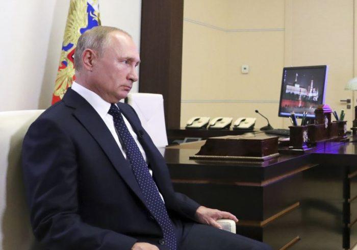 ولادیمیر پوتین در مورد وضعیت افغانستان اظهار نگرانی کرد