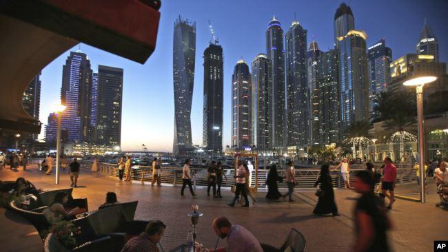 نشست سرمایهگذاران، صنعتکاران و تاجران افغان در دوبی ادامه میابد