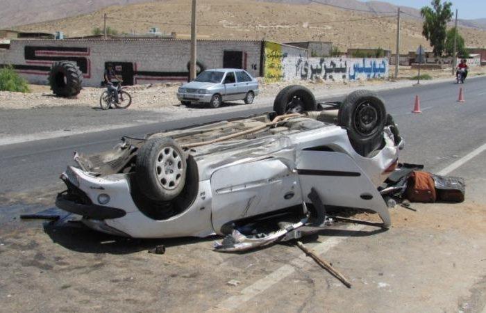 واژگونی موتر حامل پناهجویان افغان در ایران؛ ۱۳ تن زخمی شدند