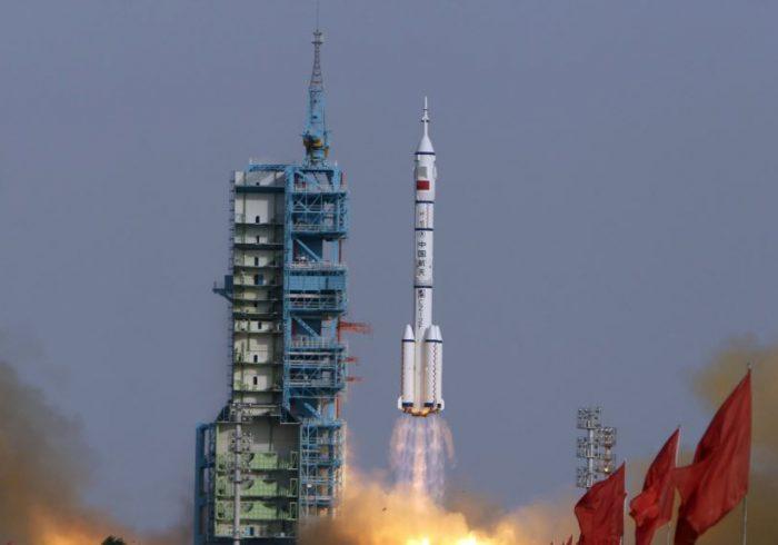 سفینه فضایی چین موفقانه به زمین برگشت