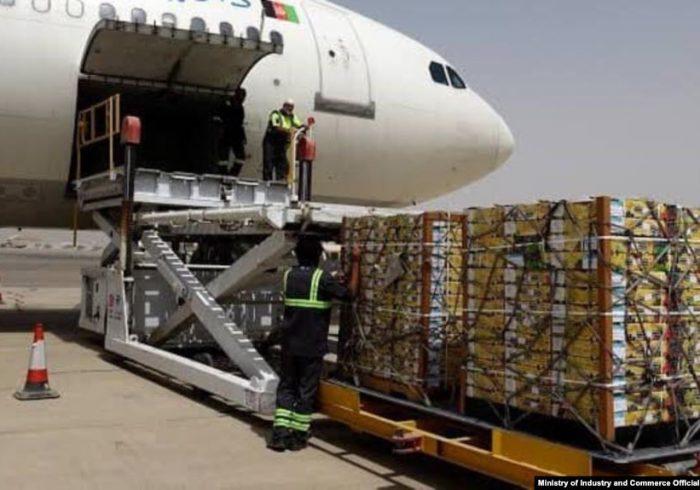 صادرات افغانستان ۲۸ درصد کاهش یافته است