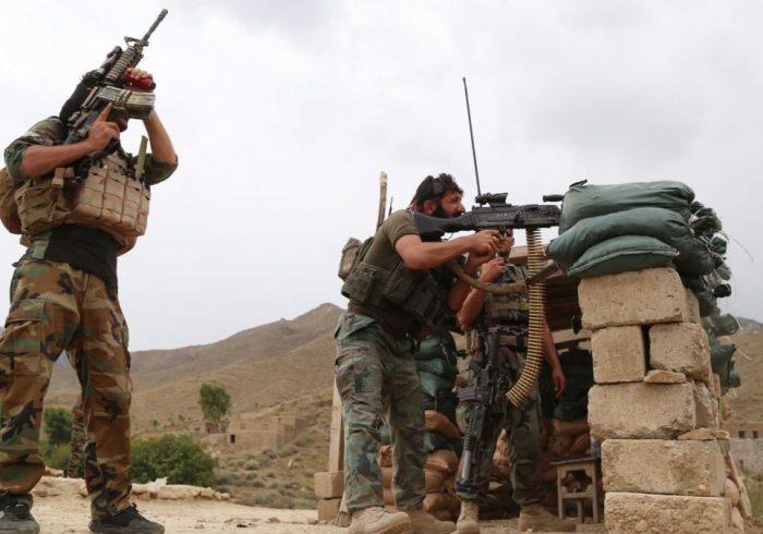درگیریها در ننگرهار؛ ۲۰ عضو ارتش و ۲۹ جنگجوی طالب در سه ولسوالی کشته شدند