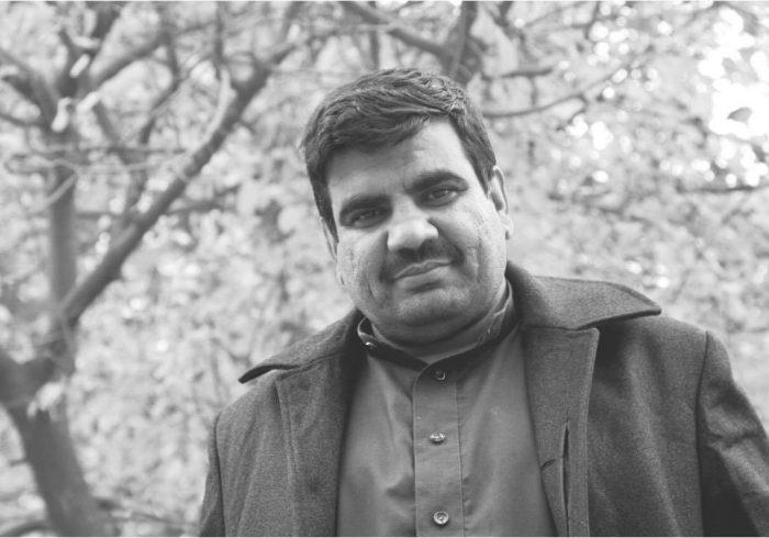 نوراحمد کریمی از فعالان فرهنگی و رسانهای هرات درگذشت