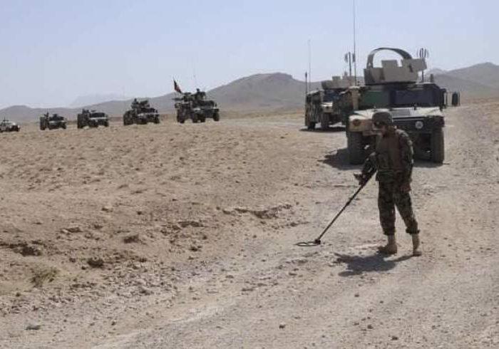 وزارت دفاع: از انفجار ۷۰ حلقه ماین جاسازی شده طالبان در قندهار و زابل جلوگیری شد
