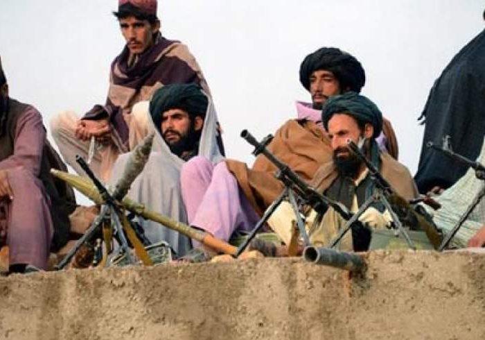 ۲۰ کشته و ۱۳ زخمی طالبان در فراه/سنگرگیری طالبان در مساجد