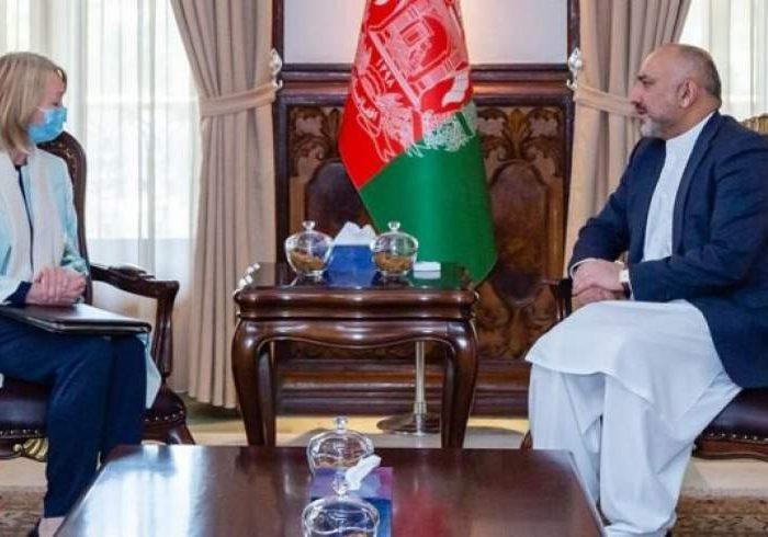 بریتانیا خواستار آتش بس در جریان گفتگوهای صلح افغانستان شد