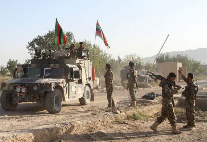 هفت سرباز در غزنی به طالبان پیوستند