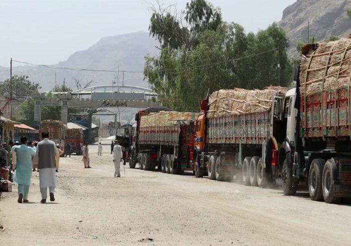 جمعآوری یک میلیارد و ۷۳ میلیون افغانی عواید از گمرک ننگرهار طی ۱۲ روز