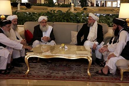 حکومت در انتظار آماده شدن هیئت طالبان برای آغاز گفتگوهای صلح