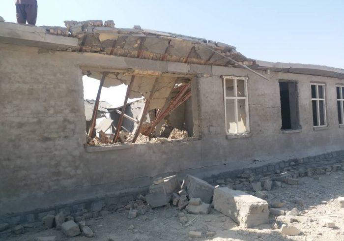 ارگ: طالبان از تخریب مکاتب دست بکشند
