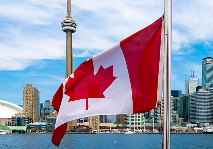 کانادا بیش از یک میلیون پناهجو میپذیرد