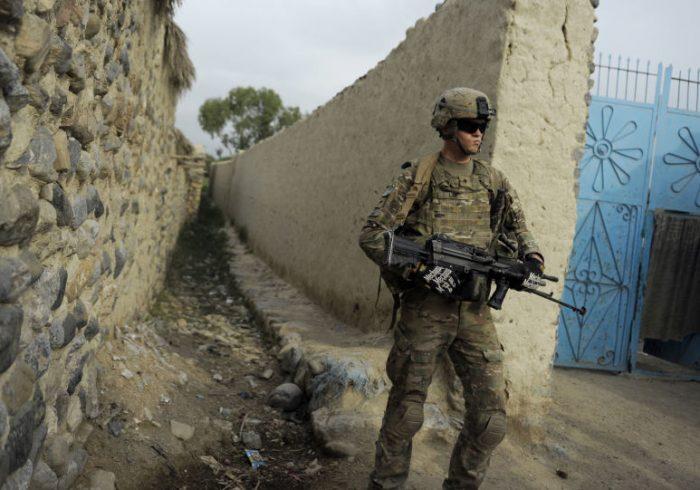 آغاز ویران کردن ۴۰۰ پایگاه نظامی امریکایی در افغانستان