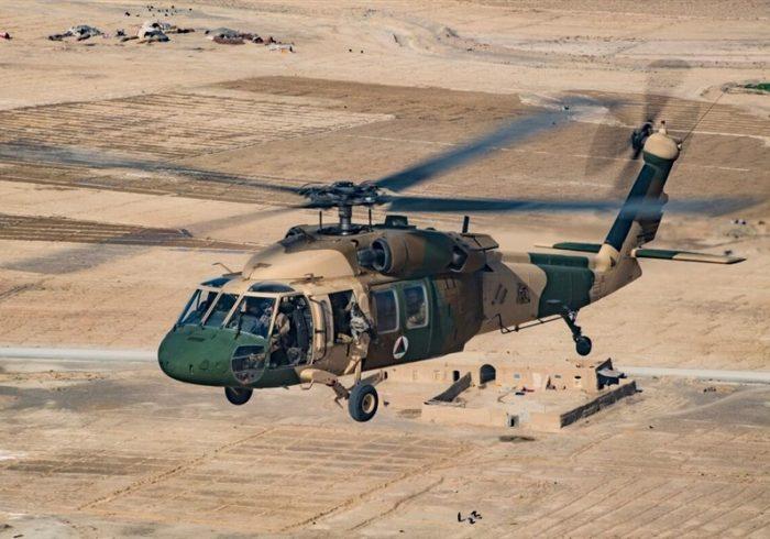 گزارشهای ضد و نقیض از برخورد دو چرخبال ارتش در هملند؛ ۱۵ نفر کشته شدند
