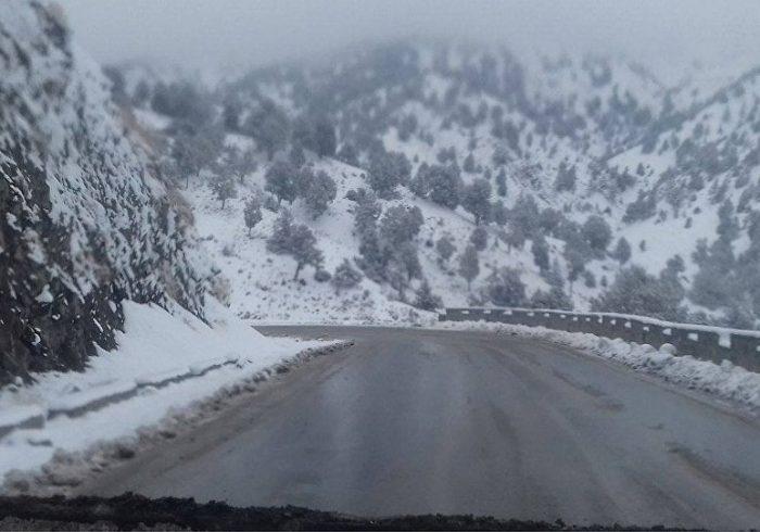 بارش برف در سالنگ شمالی آغاز شد